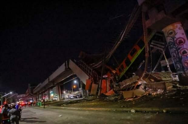 Очевидцы поделились подробностями обрушения метромоста в Мехико