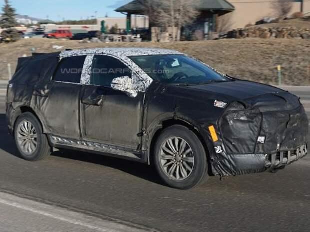 В Америке впервые замечен новый кроссовер Cadillac SRX
