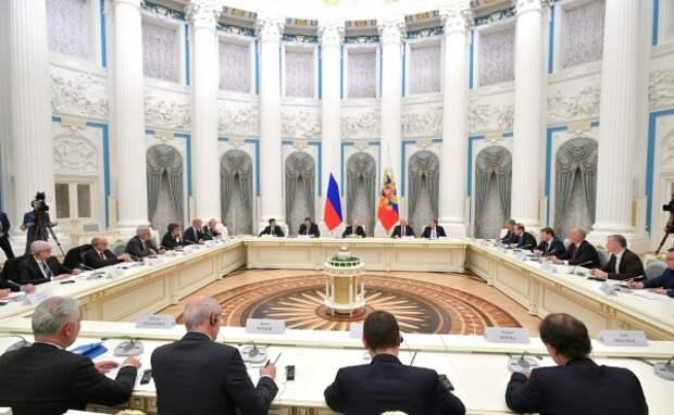 Владимир Путин, Встреча с представителями деловых кругов Франции(2019)|Фото: www.kremlin.ru