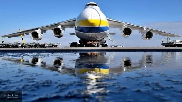 Азаров сообщил, как после Майдана умирает легендарный авиазавод «Антонов»
