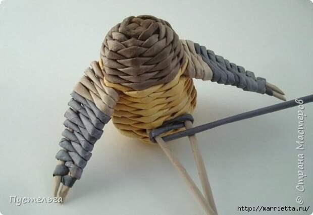 Плетение из газетных трубочек. Птичка СИНИЧКА (19) (520x358, 76Kb)