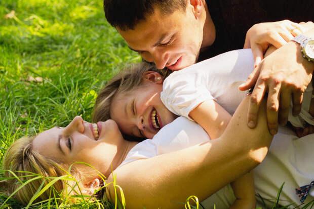 14 признаков счастливой семьи