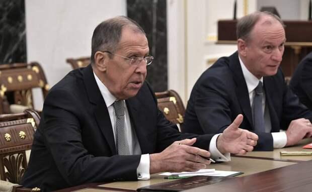 Запад зависит от России. Кто виноват?
