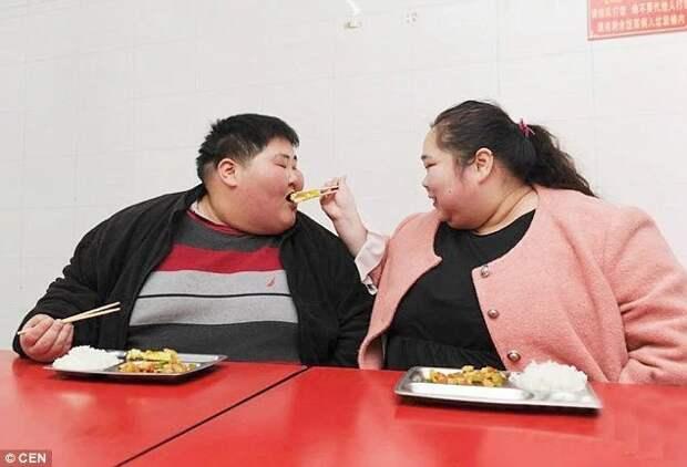 Самая крупная пара Китая хочет сбросить вес, чтобы завести ребенка