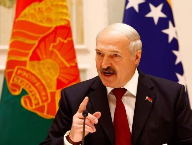 Лукашенко призвал не применять силу к протестующим в Вашингтоне
