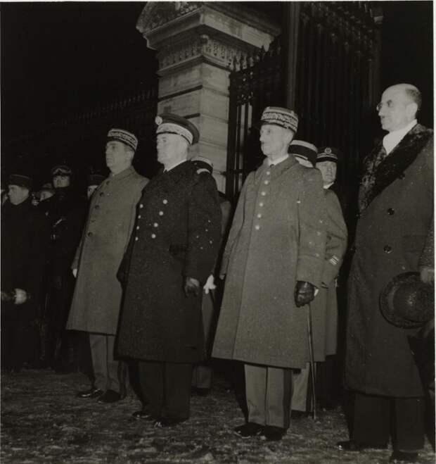 Фотографии нацистов в Париже