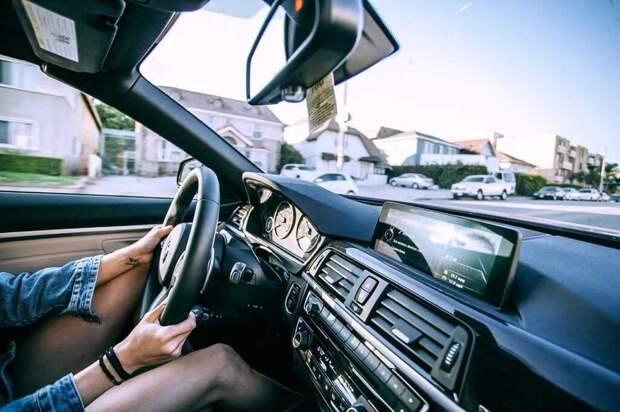 В России создали автомобиль, который сам ставит оценку на экзамене по вождению