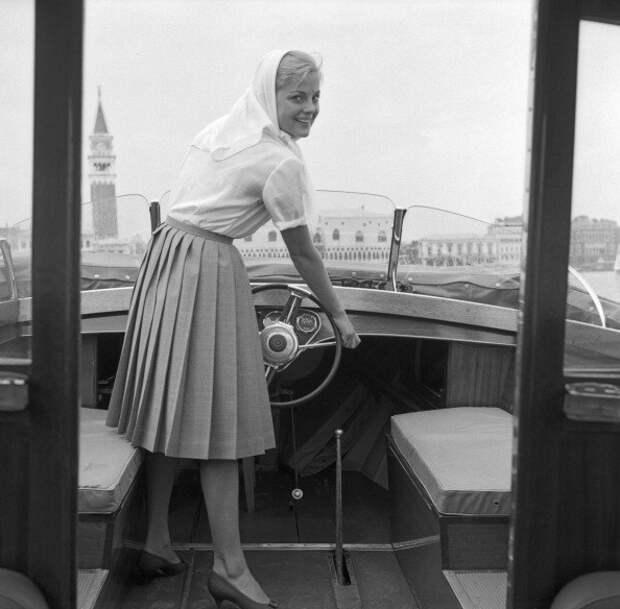 Актриса Вирна Лизи. Путешествие по Венеции.
