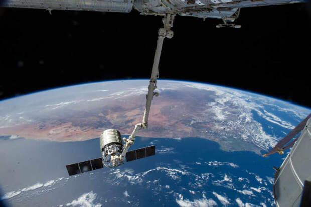 """В NASA назвали КНР """"агрессивным"""" конкурентом США из-за возросшей активности"""