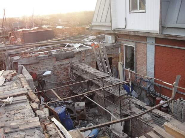 Гараж после демонтажа ненадежных стен. своими руками, сделай сам
