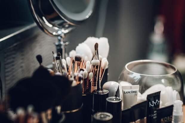 В семейном центре Южного Тушина обучат искусству макияжа