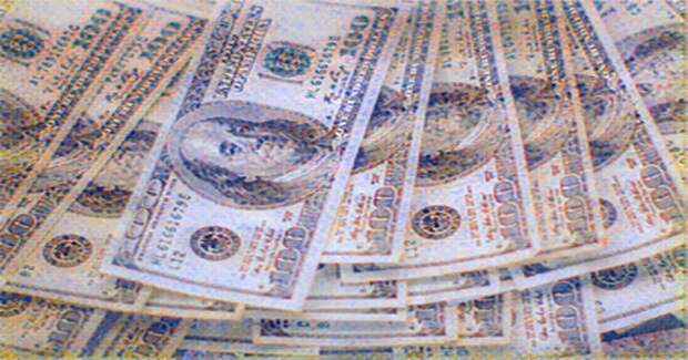 Доллар США достиг наивысшего уровня за месяц, подтолкнув евро к основным уровням поддержки