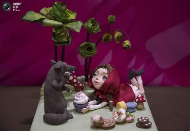 Невероятные торты и пирожные на шоу выпечки в Лондоне