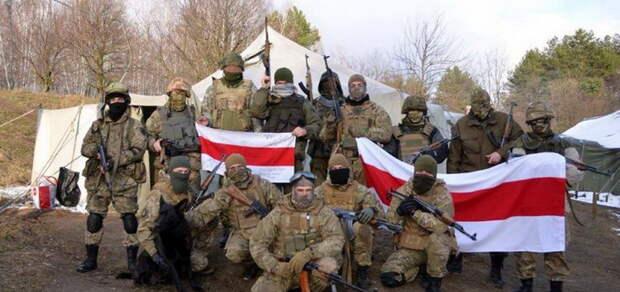 Тихановская попросила Запад деньги на оружие для Беломайдана