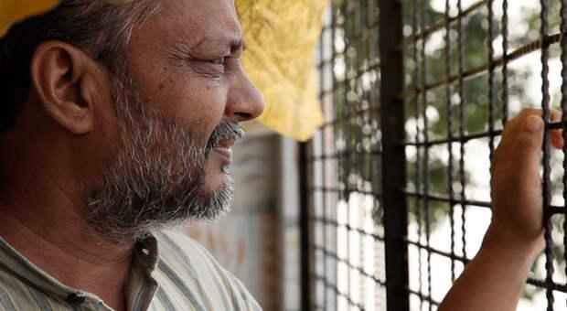 Сингх предложил дешевый и действенный способ вернуть питьевую воду на засушливые земли.