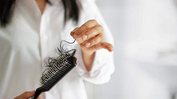 10 причин чрезмерного выпадения волос