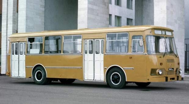 ЛиАЗ 677М история, советские автобусы, транспорт