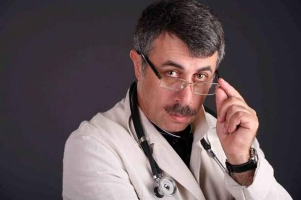 Как не дать простуде перерасти в пневмонию. Советы доктора Комаровского
