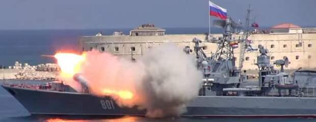В Киеве негодуют: РФ показала НАТО, кто хозяин в Черном море