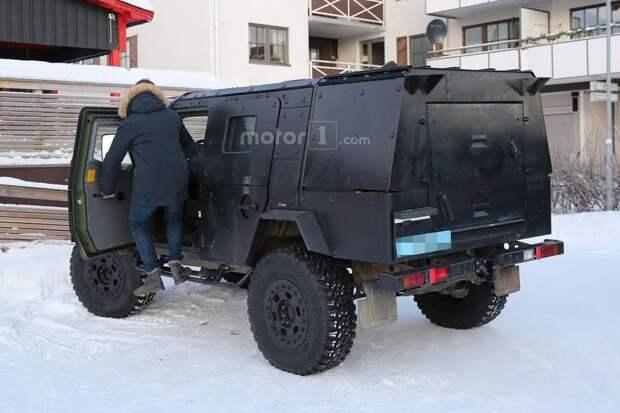 Легкая бронированная патрульная машина на базе Mercedes G-Class g-class, mercedes, mercedes-benz