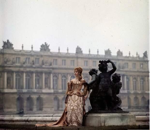 Мишель Мерсье в промо к фильму «Анжелика и король», 1966 год