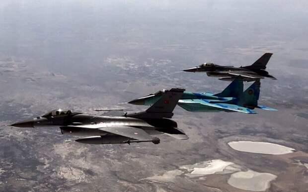 Минобороны Азербайджана сообщило об уничтожении ещё трех ЗРК противника