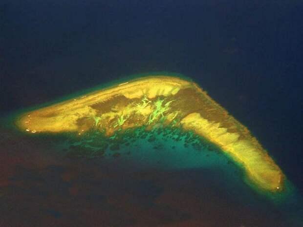 12 островов с удивительными очертаниями