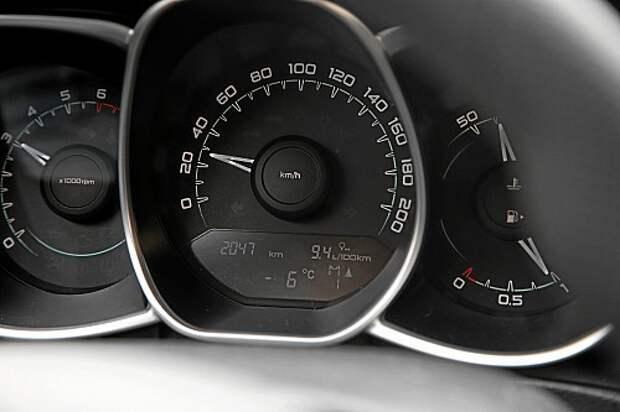 Lada Vesta из парка ЗР: продолжаем привыкать к роботу
