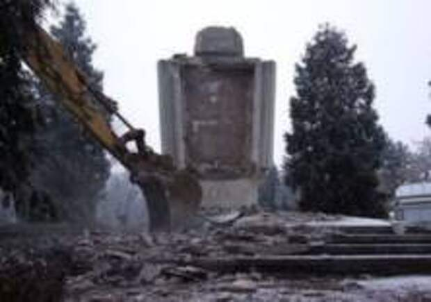 В Варшаве снесут памятник Красной Армии
