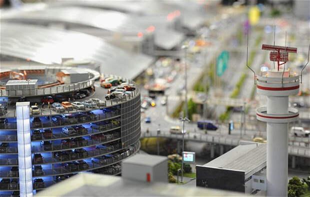 Взлетаем! Самая большая модель аэропорта в мире