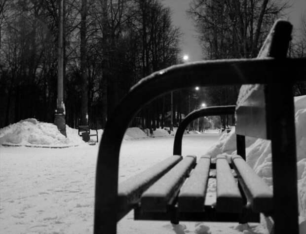 Не побелеет прошлогодний снег