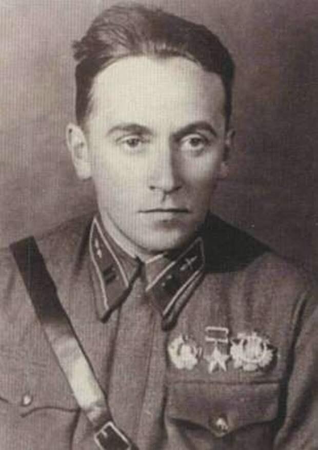 Ст. политрук В.Н. Калачёв