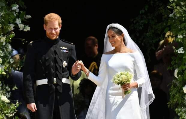 «Пара белых тапочек с…»: Что подарили Меган Маркл и принц Гарри гостям. Просто нет слов