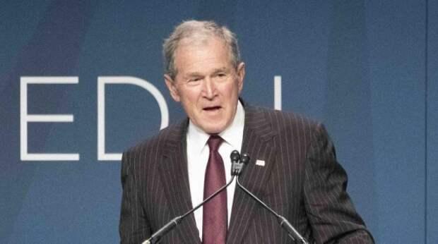 """""""Ты должен сидеть"""": обвинивший Буша в гибели иракцев ученый сорвал пресс-конференцию"""