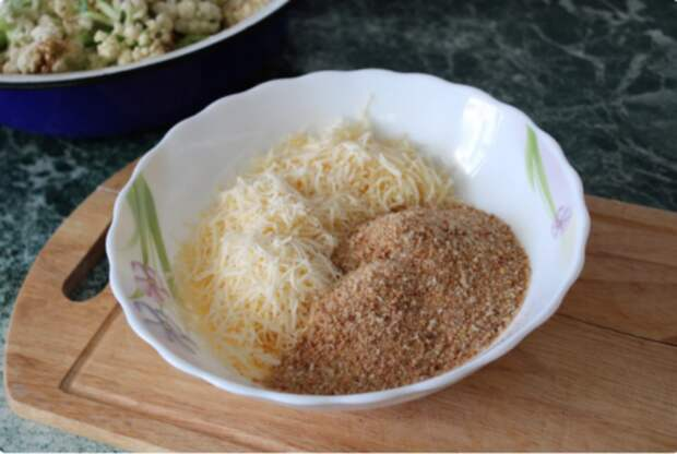 Готовлю цветную капусту по этому рецепту сразу по килограмму. Уж очень вкусно!