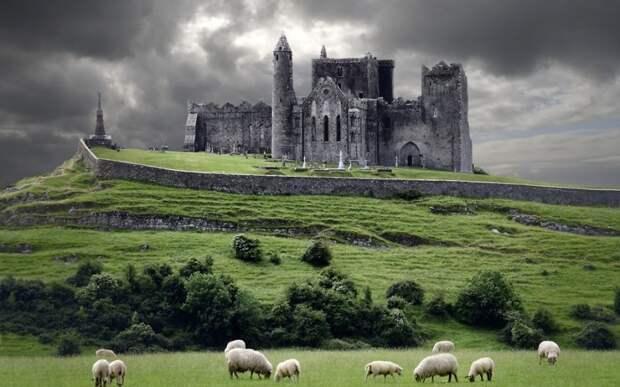 Скала Кашел, Ирландия.