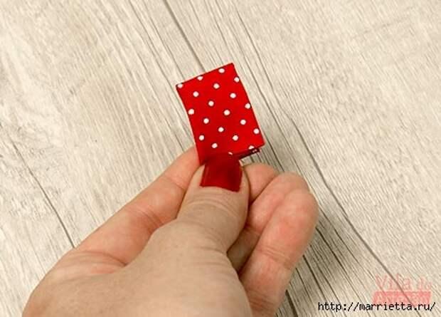 Кольца с цветами из ткани для салфеток (21) (450x323, 87Kb)