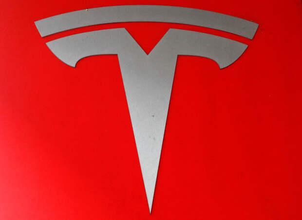 Акции Tesla— напути к$1000, акапитализация— к$1трлн