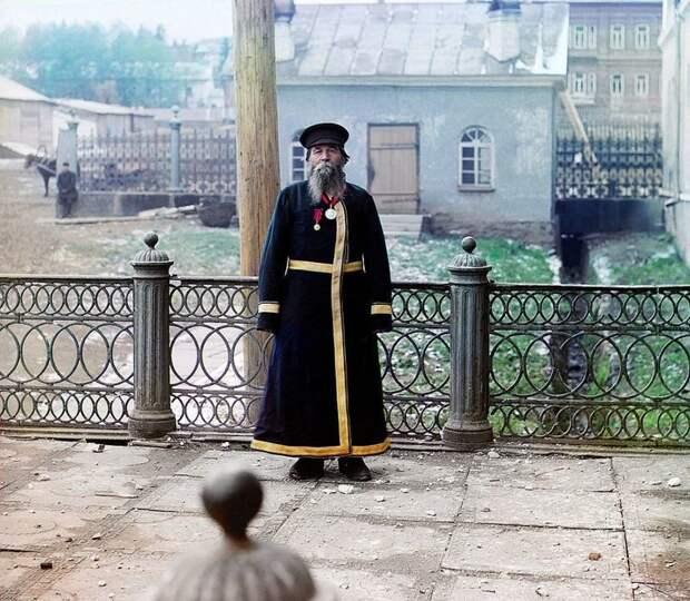 Городской служащий, 1907 год империя., путешествия, цветное фото