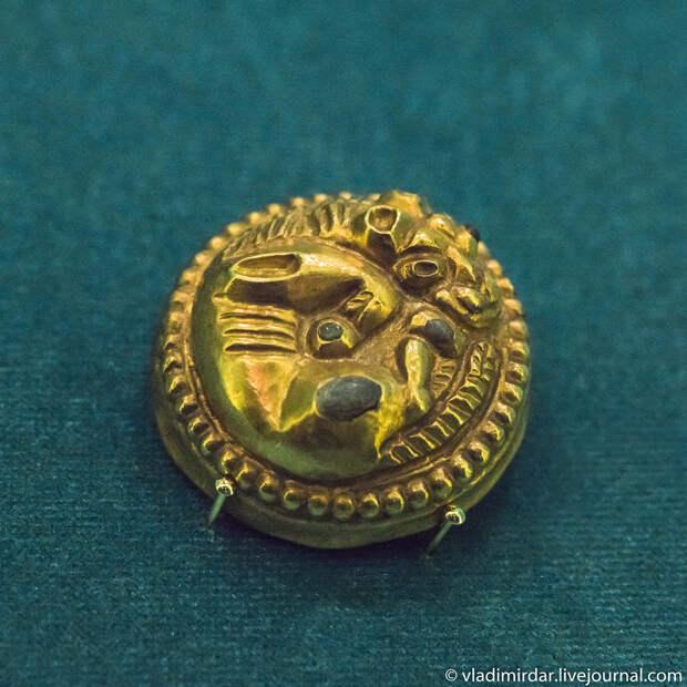 Фалар на бронзовой основе. Золото сарматов.