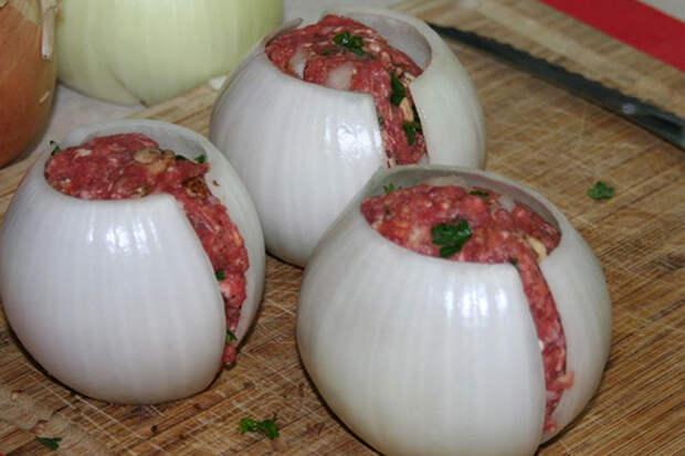 Луково-мясные мячики: блюдо, которое сразит наповал всех ваших гостей!