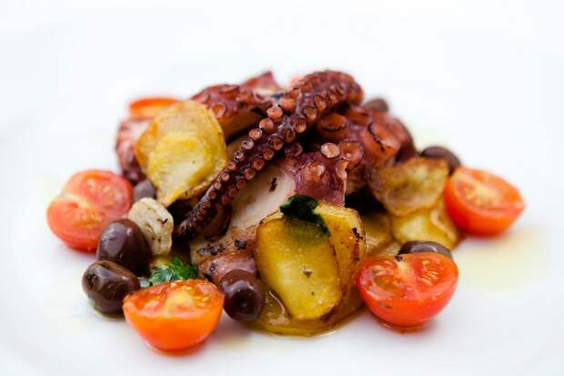 Подборка рецептов теплых итальянских салатов