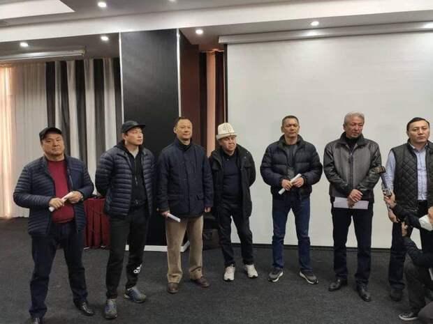 О сколько же блицкригов шумных готовит нам кыргызский дух?