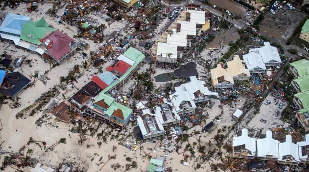 Ураган «Ирма» сметает все на пути к США