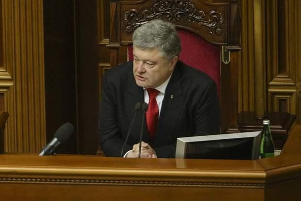 Порошенко: НАТО должно оценить «самопожертвование» Украины