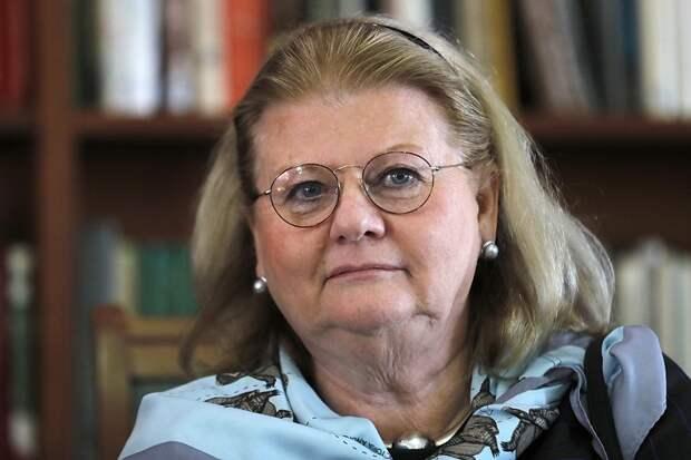 Ирина Муравьёва, Александра Пахмутова и Николай Добронравов заразились коронавирусом