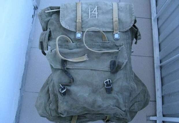 С легендами СССР за спиной: история советского туристического рюкзака