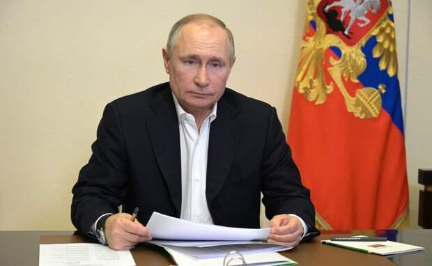 Путин призвал правительство организовать повсеместную вакцинацию