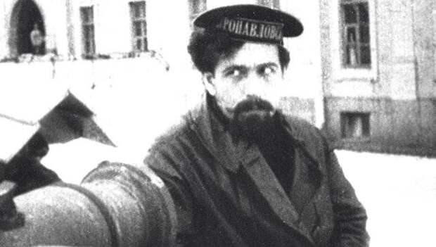 Реабилитирован посмертно. «Весёлая жизнь» Павла Дыбенко (часть 1)