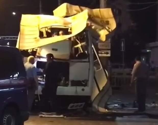 Минздрав рассказал о состоянии пострадавших при взрыве в автобусе в Воронеже